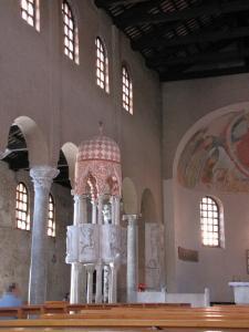 252) Grado - Basilica S Eufemia innen