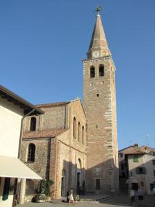 254) Grado - Basilica S Eufemia Front mit Campanile
