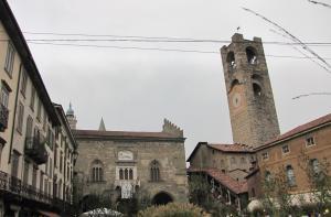 706) Bergamo - Piazza Vecchia