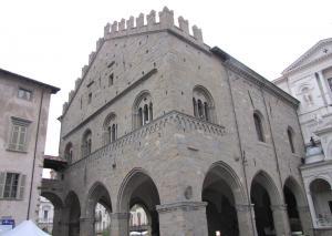 716) Bergamo - Piazza Duomo