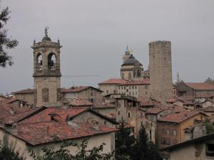 722) Bergamo - Dächer der Altstadt Ausschnitt