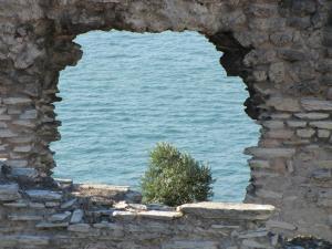 077) Grotten des Katull (Halbinsel Sirmione)