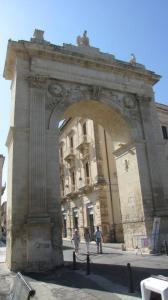 019 12-402 Noto - Porta Reale  hoch