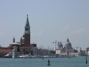 408) Venedig - S Giorgio und Salute vom Wasser aus