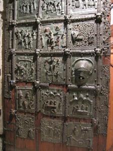 132) Verona - San Zeno Maggiore - Bronzetür