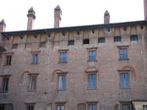 029) Mantova - Piazza Broletto