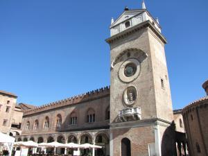 031) Mantova - Piazza Erbe