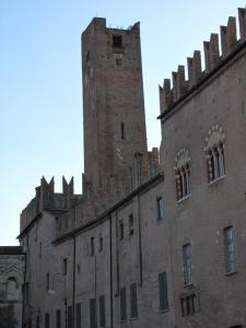047) Mantova - Piazza Sordello