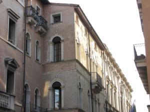 126) Vicenza - Palazzo