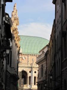 127) Vicenza - Gasse