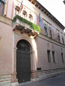 128) Vicenza - Palazzo